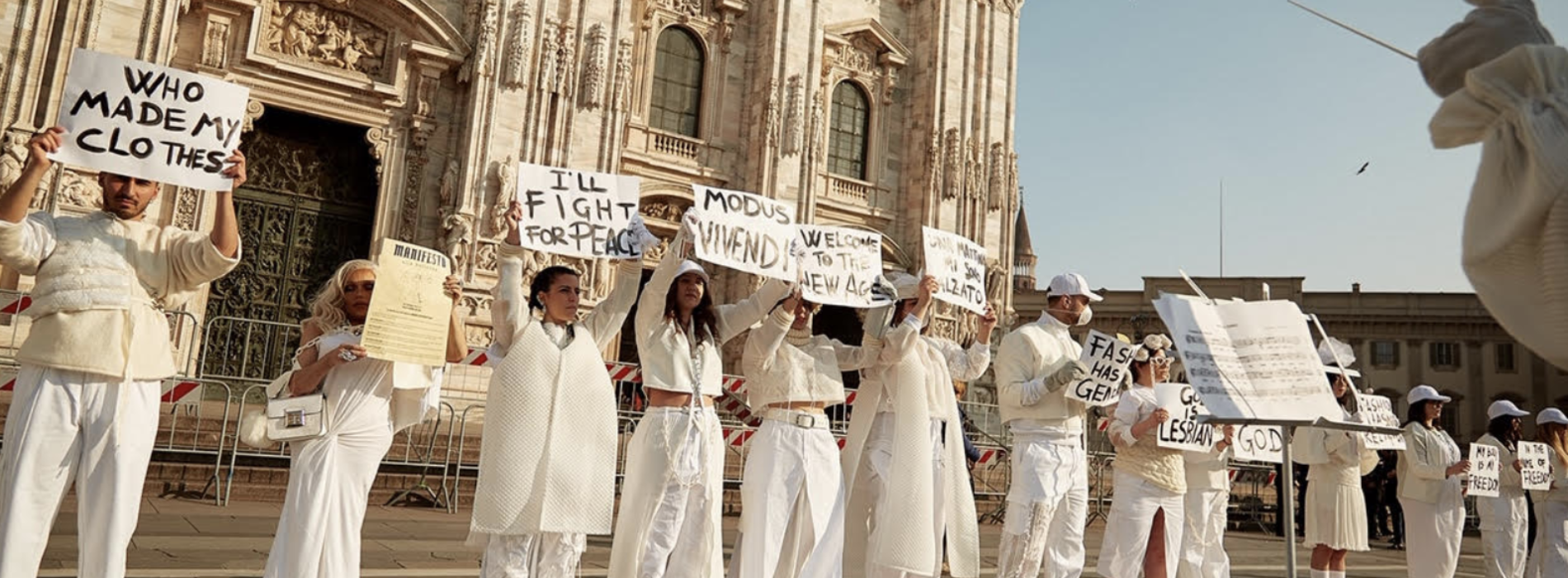 Moda Milano, Manifesto alla Bellezza targato Caserta
