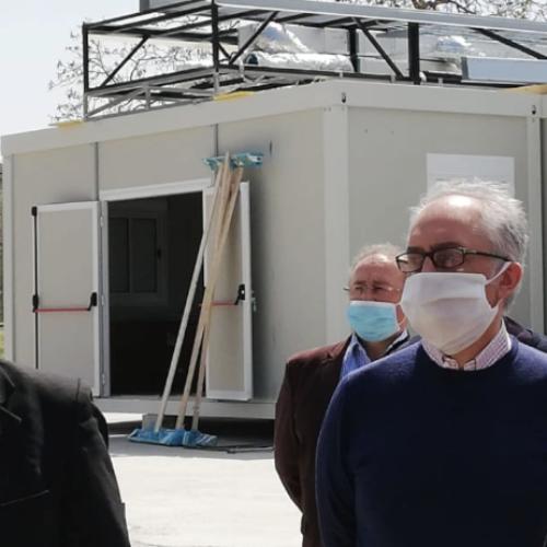 Ospedale modulare. Il governatore De Luca a Caserta