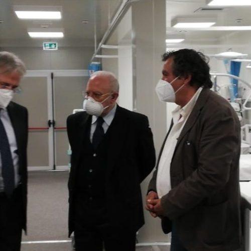 Caserta. Ospedale modulare, De Luca inaugura la struttura