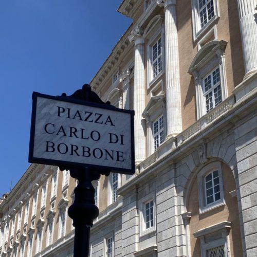 Caserta. Piazza Carlo di Borbone, resa giustizia alla storia