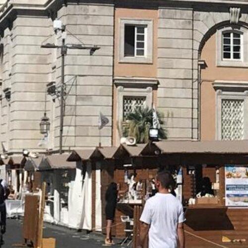 Gusto Italia in tour, all'ombra della Reggia i prodotti  tipici