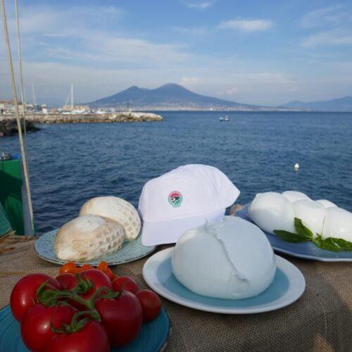 Mozzarella dop con la Reggia al Salone del Camper di Parma