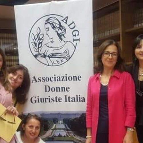 Donne giuriste, solitudine dei minori ed emergenza educativa postcovid