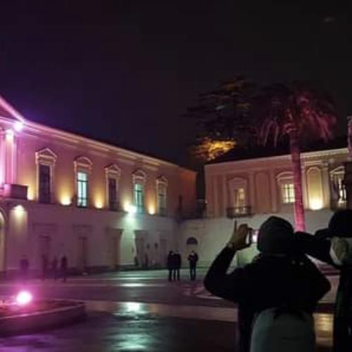 Vai! Marcianise s'illumina di rosa per Procida capitale cultura
