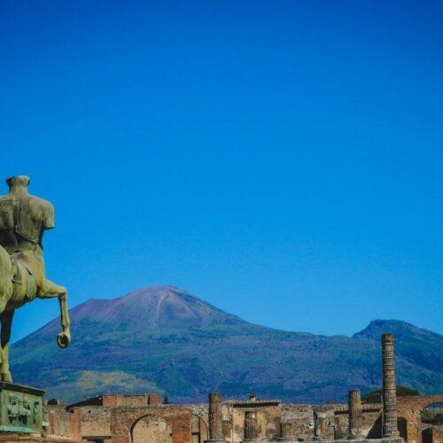 La Campania in giallo, e Pompei partecipa alla festa dei musei