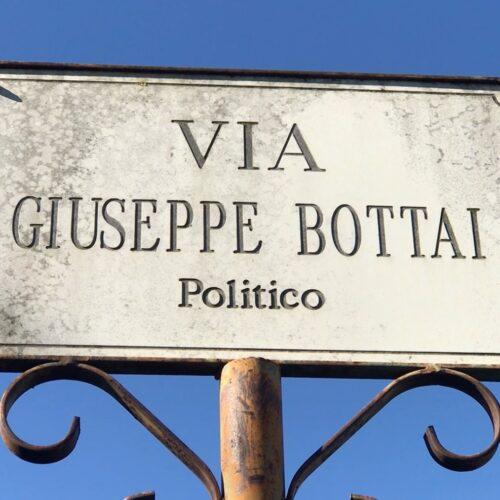 Cancellato il nome di Bottai a Vairano, strada intitolata a Siani