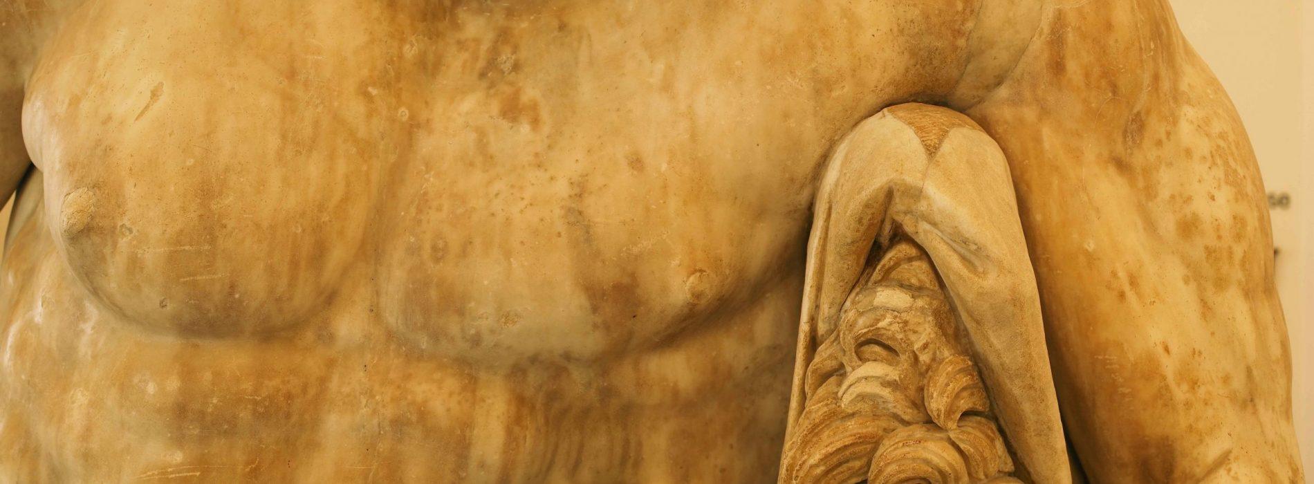Ercole a colori, nuove ipotesi per la celebre scultura del Mann