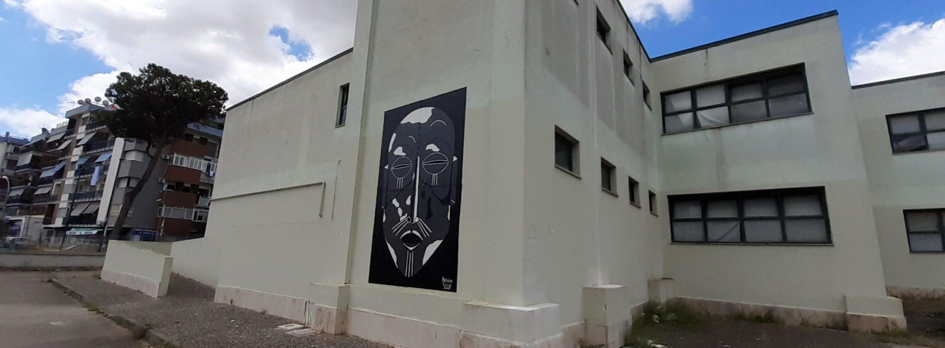Thabo è andato a scuola, installata l'opera di Nicholas Tolosa
