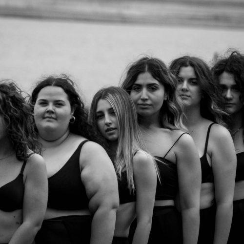 Emanuela Vallo, una giovane fotografa contro il body shaming