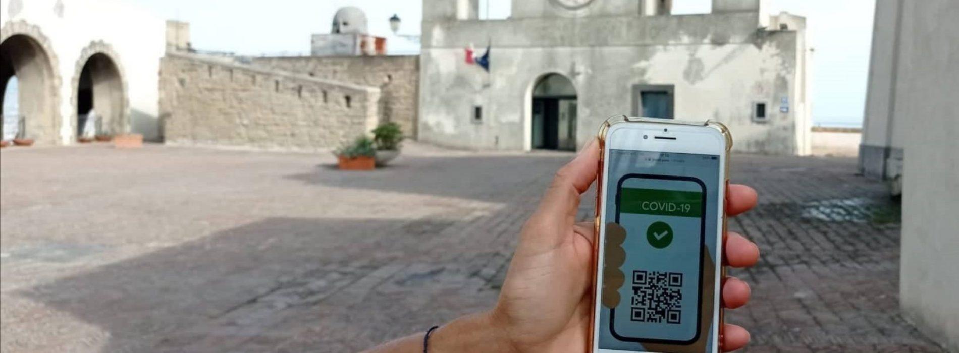 Musei della Campania, semaforo verde solo con il Green Pass