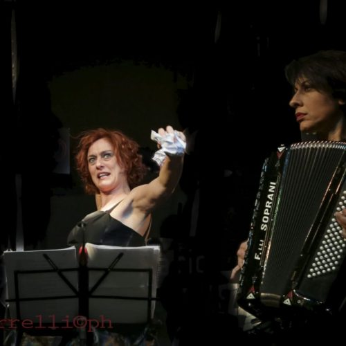 """Musica & teatro, il Centro Hecate apre con """"IntrattieniMenti"""""""