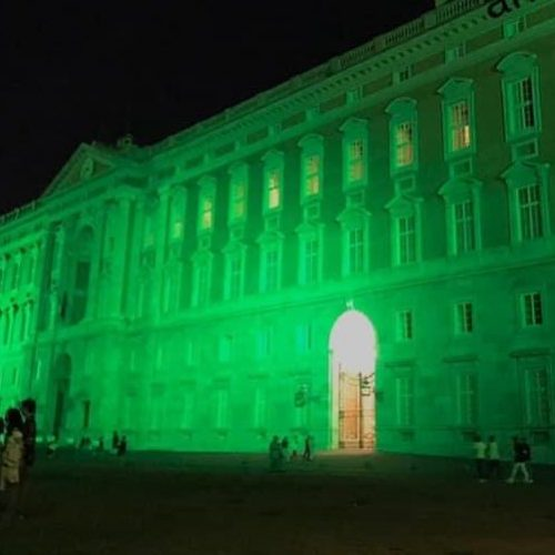 La Reggia colorata di verde speranza, è la lotta contro la Sla