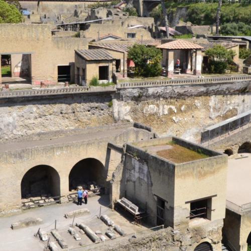 Ozi (e appetiti) di Ercole, lezioni-show all'ombra del Vesuvio
