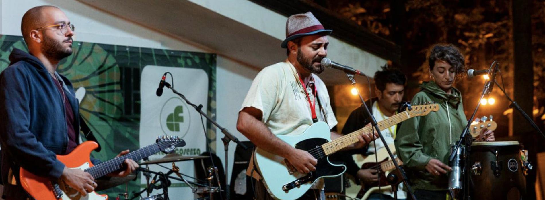 Tutti sintonizzati su Radio Tahuania, live la band a Casagiove
