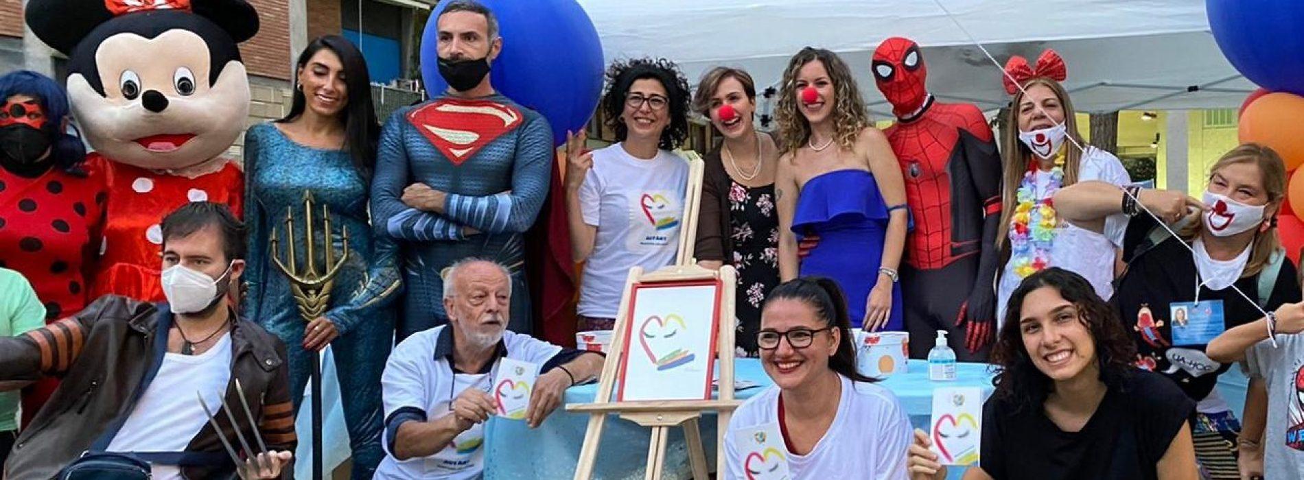 Autart e #SonoSalvo, piazza Ruggiero si colora di solidarietà