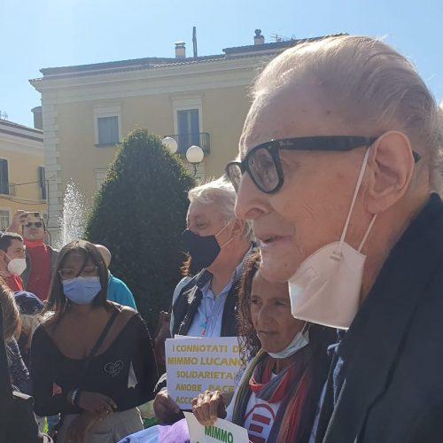 Caserta solidale, anche Nogaro al presidio per Mimmo Lucano