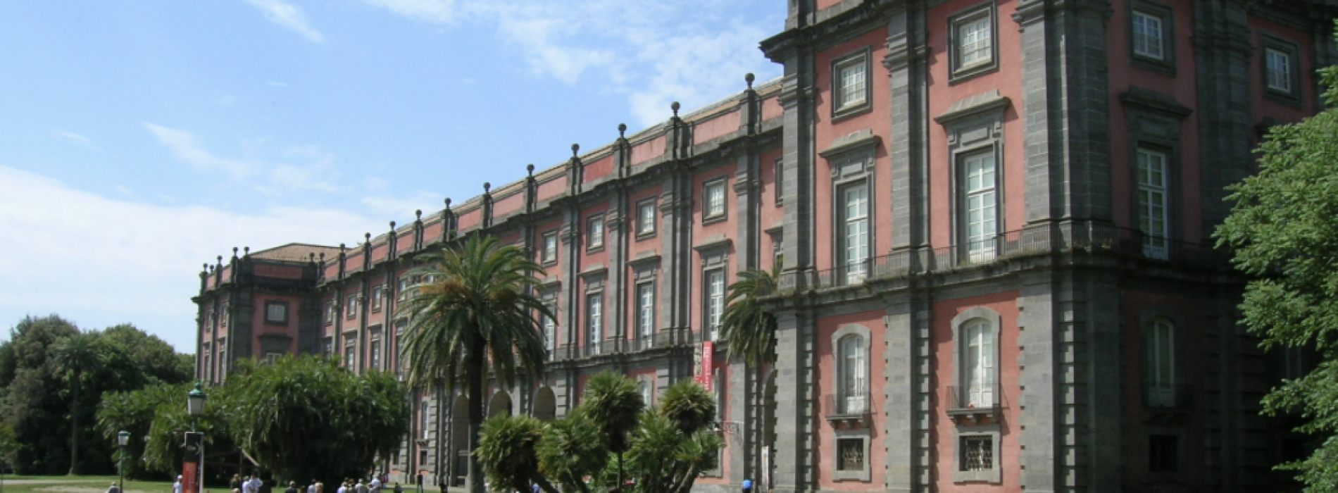 Napoli, riaprono l'Armeria Borbonica e la Collezione De Ciccio
